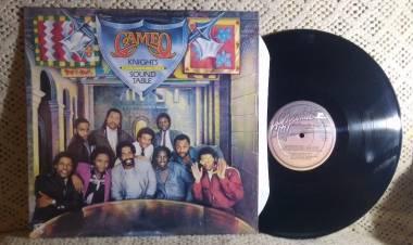 """El 18 de mayo de 1981 se lanza el disco """"Knights of the sound table"""" de Cameo"""