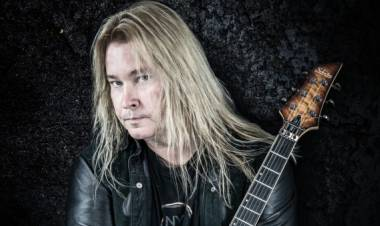 El 25 de mayo de1969 naceGlen Drover, guitarrista deMegadeth