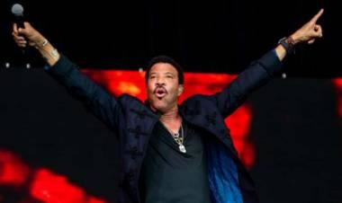 El 20 de junio de 1949 nace Lionel Richie