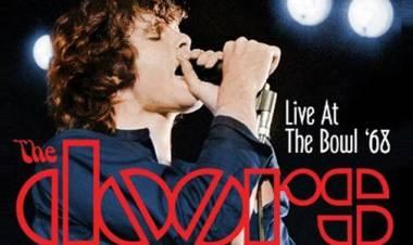 El 5 de julio de 1968 The Doors graba Live At The Hollywood Bowl