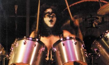 El 25 de Julio de 1980 Kiss se presentó por primera vez junto con Eric Carr