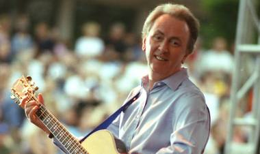 El 5 de setiembre de 1945 nace Al Stewart