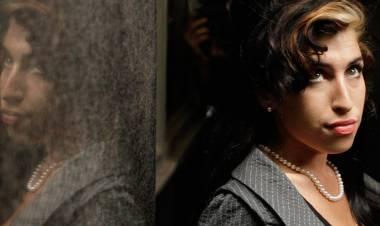 El 14 de setiembre de 1983 nace Amy Winehouse