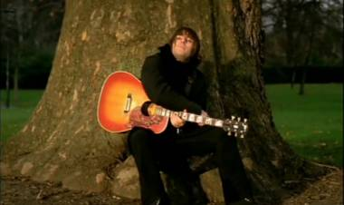 """Se cumplen 17 años de la canción """"Songbird"""" de Oasis escrita por Liam Gallagher"""