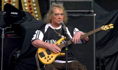 Fallece Steve Priest de The Sweet, banda tras 'Ballroom Blitz', tenía 72 años