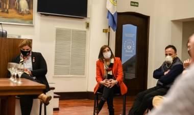 Inés Larriera pide que el Municipio destine el FAE a compra de insumos para facilitar el regreso a las aulas