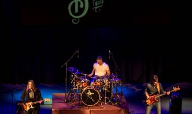 Nucleo Blues Trío en el ciclo de música por streaming de ATE Casa España
