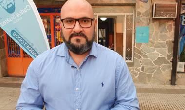 Carlos Suárez presentó su oficina descentralizada