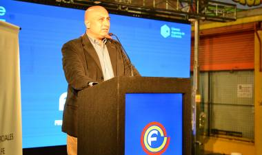 """Eduardo Taborda: """"Estamos a favor del proyecto de acreditación inmediata de las compras con tarjetas de crédito"""""""
