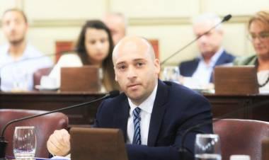 Sergio Basile propone crear un Plan de Alfabetización Digital