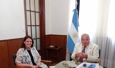 La diputada provincial, Betina Florito, visitó al presidente de la Corte Suprema de Justicia de la provincia, Rafael Gutiérrez
