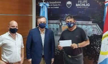"""El Senador Michlig entregó un nuevo aporte para poner en valor el Balneario """"Laguna La verde"""""""