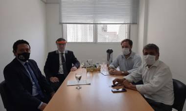 Fiestas clandestinas: Silvio González fue recibido por el fiscal regional Carlos Arietti