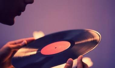 Los discos de vinilo marcan récord de venta en 2020