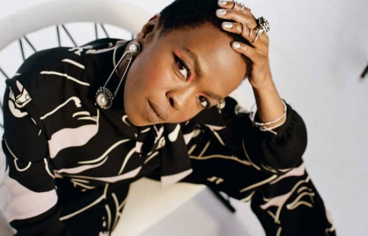 El 25 de mayo de 1975 nace Lauryn Hill, cantante estadunidense