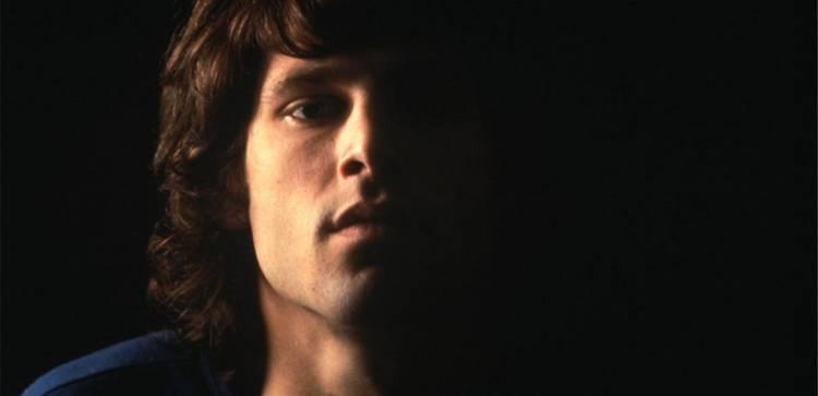 El 3 de julio de 1971 muereJim Morrison