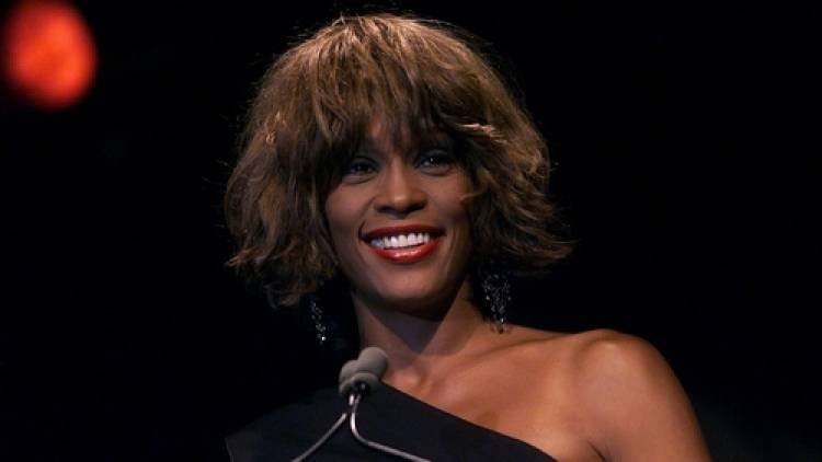El 9 de agosto de 1963 nacía Whitney Houston