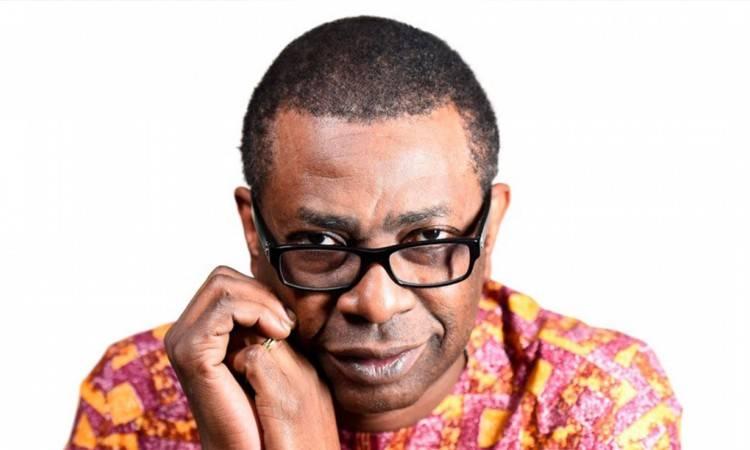 El 1 de octubre de 1959 nace Youssou N'Dour