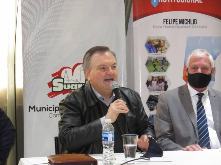 El Senador Michlig entregó aportes en Suardi y reclamó que la Provincia libere recursos del Fondo del Covid-19
