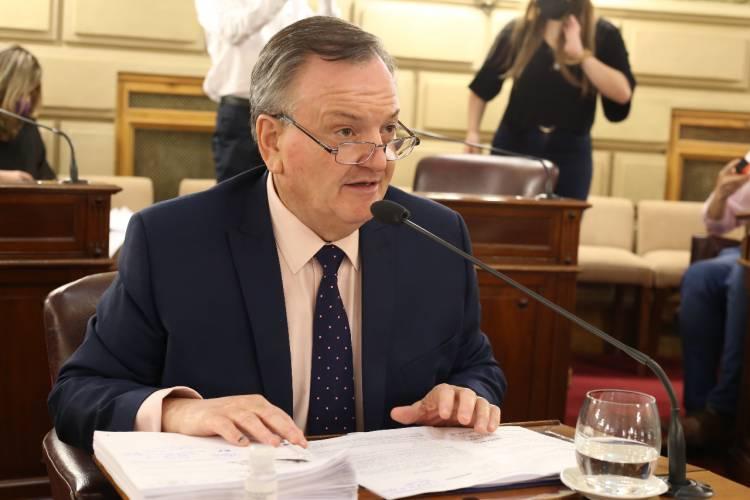 El Senador Michig informó que 7 Localidades del Dpto. San Cristóbal recibirán fondos para gastos corrientes