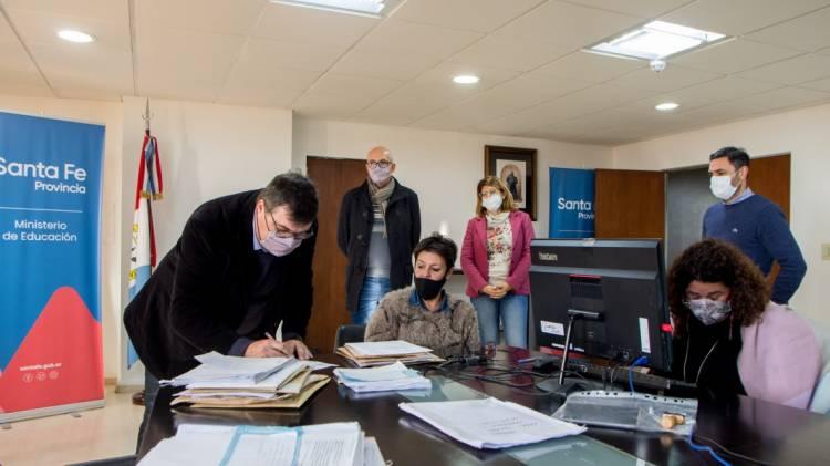 La provincia recibió las ofertas para la impresión de la tercera edición de los cuadernos pedagógicos