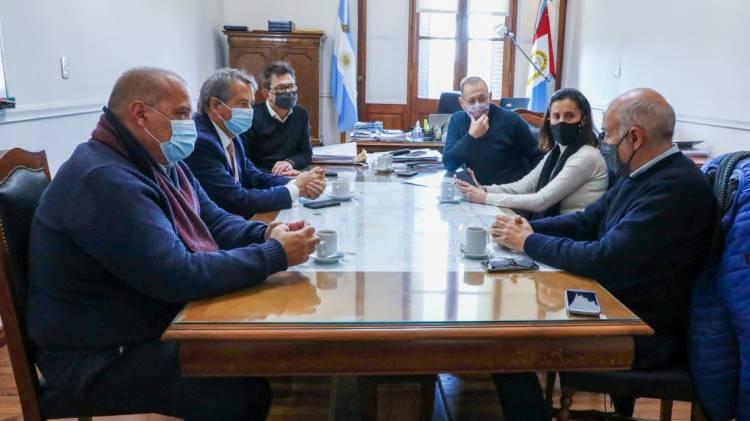 """Corach se reunió con legisladores para avanzar en el proyecto de ley """"Santa Fe + Conectada"""""""