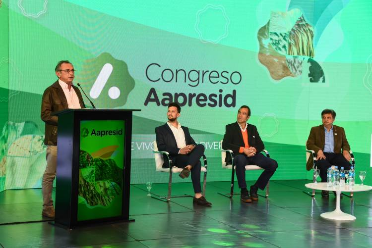 Costamagna participó del lanzamiento del 29° Congreso Aapresid