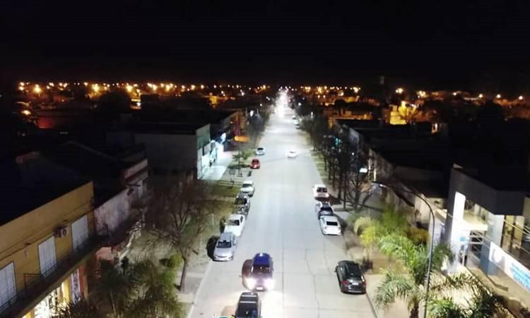Inauguración de iluminación led sobre las avenidas 25 de Mayo y 9 de Julio de la ciudad de San Guillermo