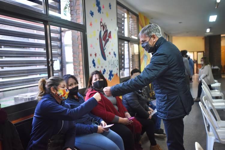 """Jatón: """"La vacunación a los jóvenes es una gran noticia para la ciudad"""""""