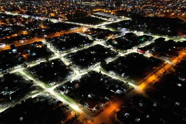 Santa Fe se ilumina: barrio Liceo Norte estrenó su alumbrado público