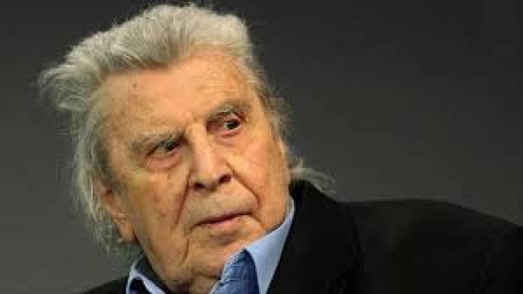 """Muere Mikis Theodorakis, el compositor de """"Zorba el griego"""" a quien Grecia tenía en su propio Olimpo"""