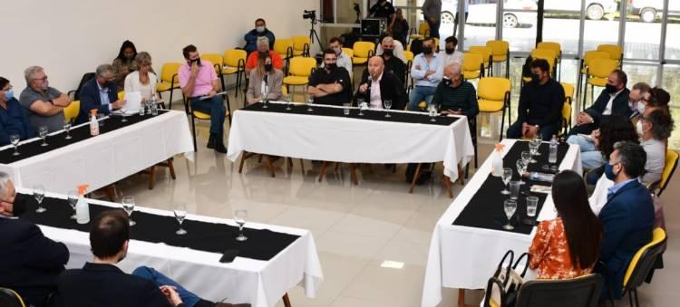 Acceso a puertos: se concretó la mesa de diálogo que convocó la Defensoría del Pueblo